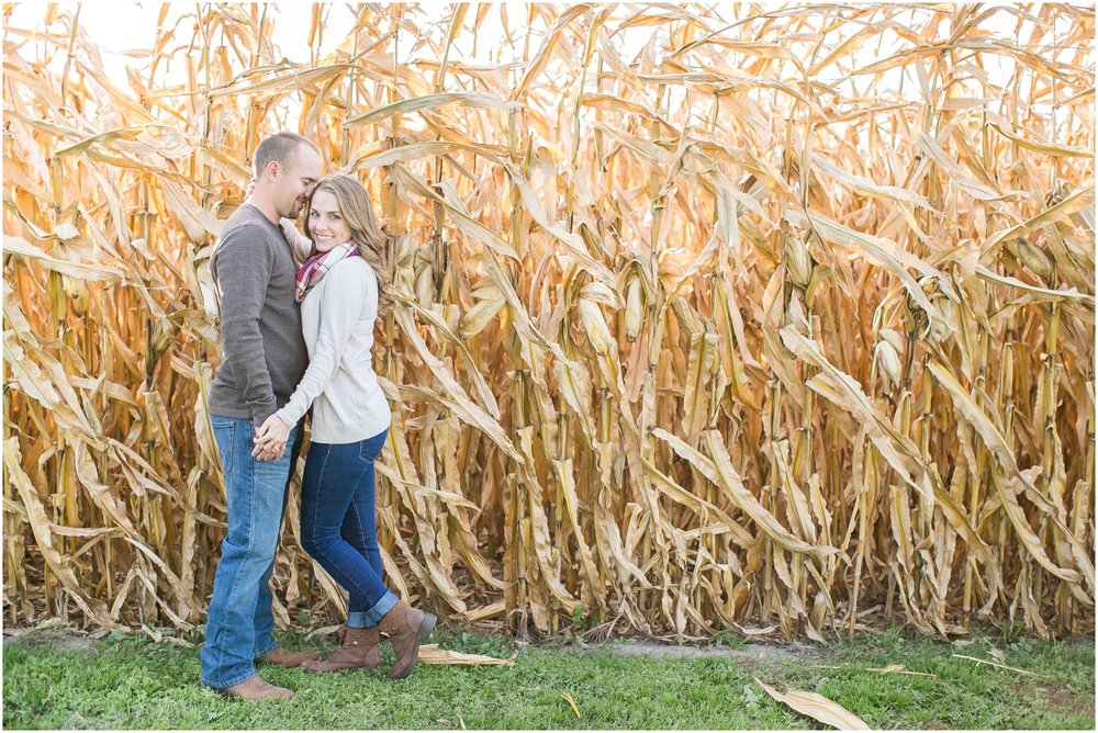 Madison_Wisconsin_Wedding_Photographers_Country_Fall_Engagement_Session_1867.jpg