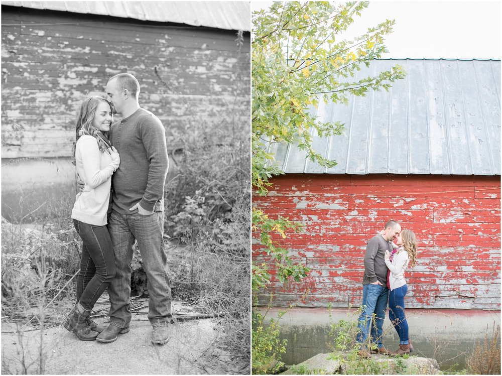 Madison_Wisconsin_Wedding_Photographers_Country_Fall_Engagement_Session_1877.jpg