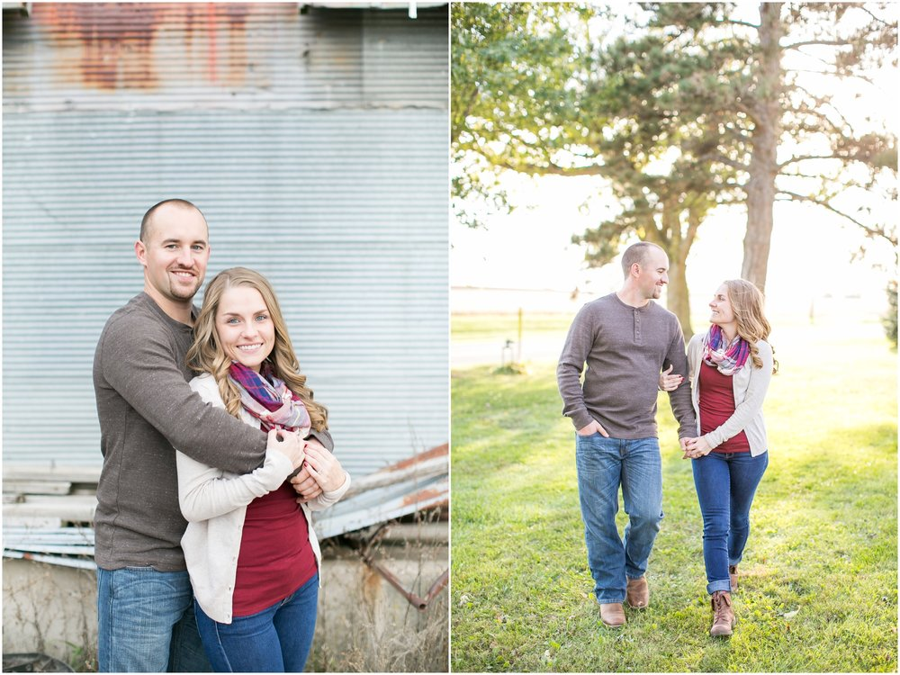 Madison_Wisconsin_Wedding_Photographers_Country_Fall_Engagement_Session_1878.jpg