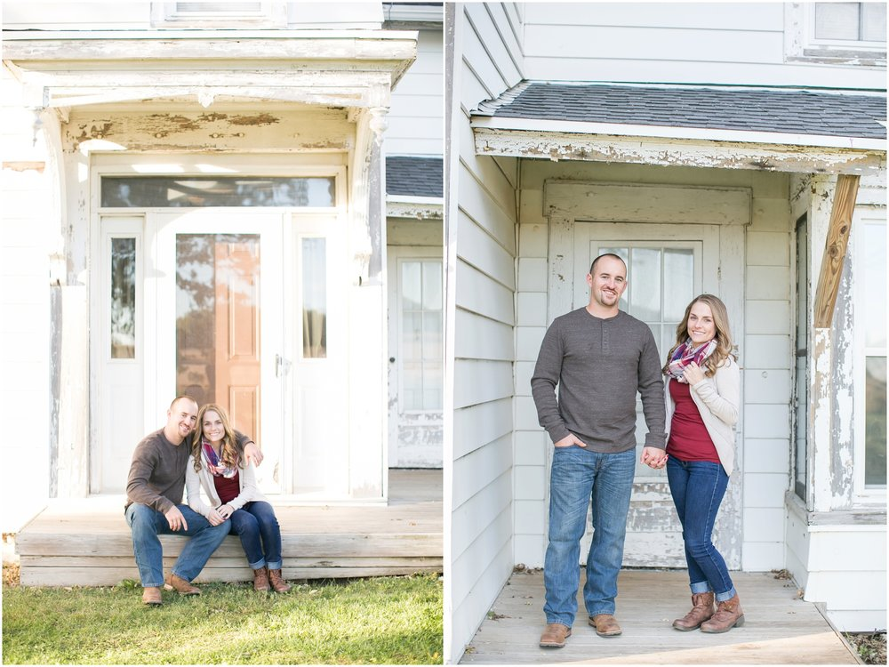 Madison_Wisconsin_Wedding_Photographers_Country_Fall_Engagement_Session_1881.jpg