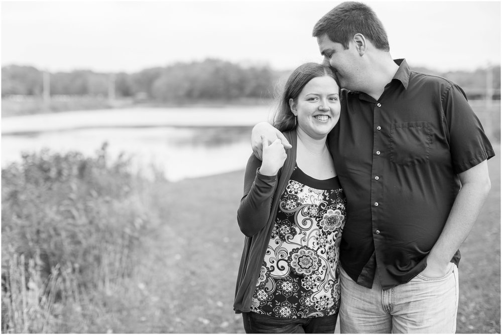 Vilas_Park_Engagement_Session_Madison_Wisconsin_1916.jpg