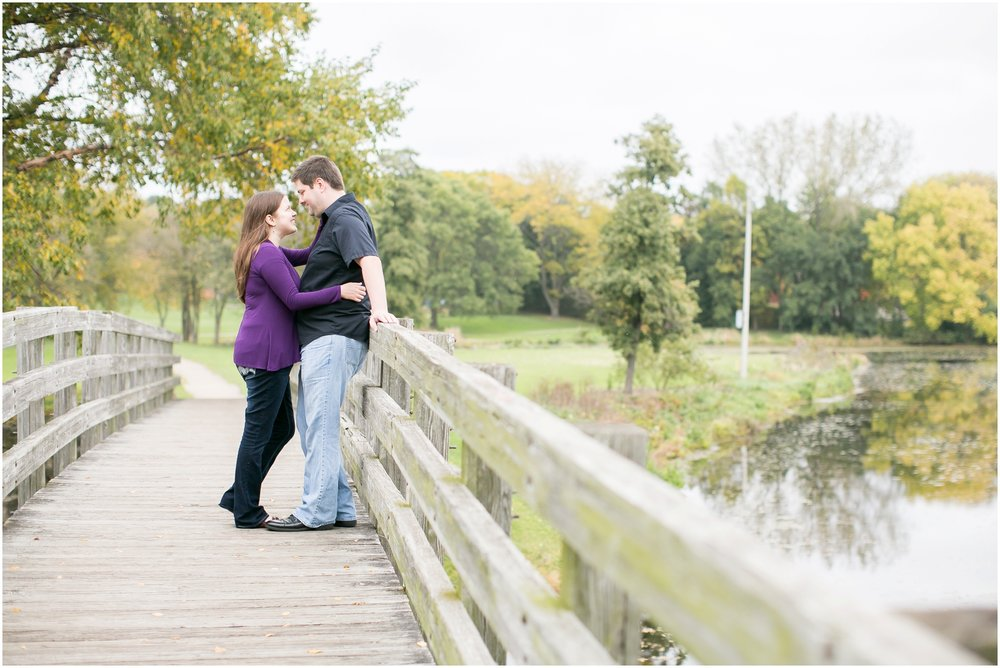 Vilas_Park_Engagement_Session_Madison_Wisconsin_1927.jpg