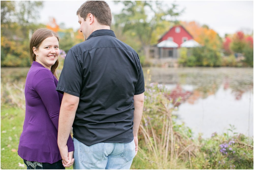 Vilas_Park_Engagement_Session_Madison_Wisconsin_1938.jpg