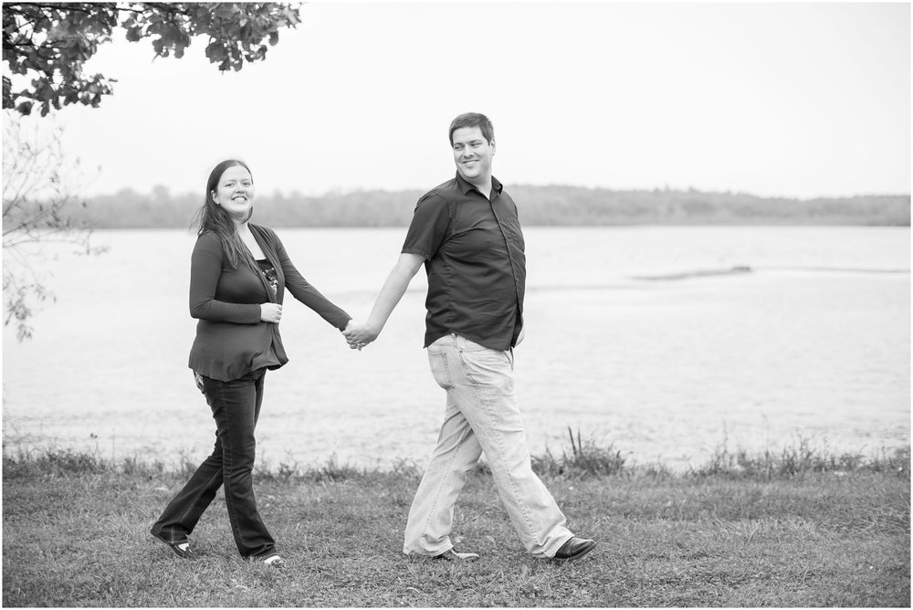 Vilas_Park_Engagement_Session_Madison_Wisconsin_1949.jpg