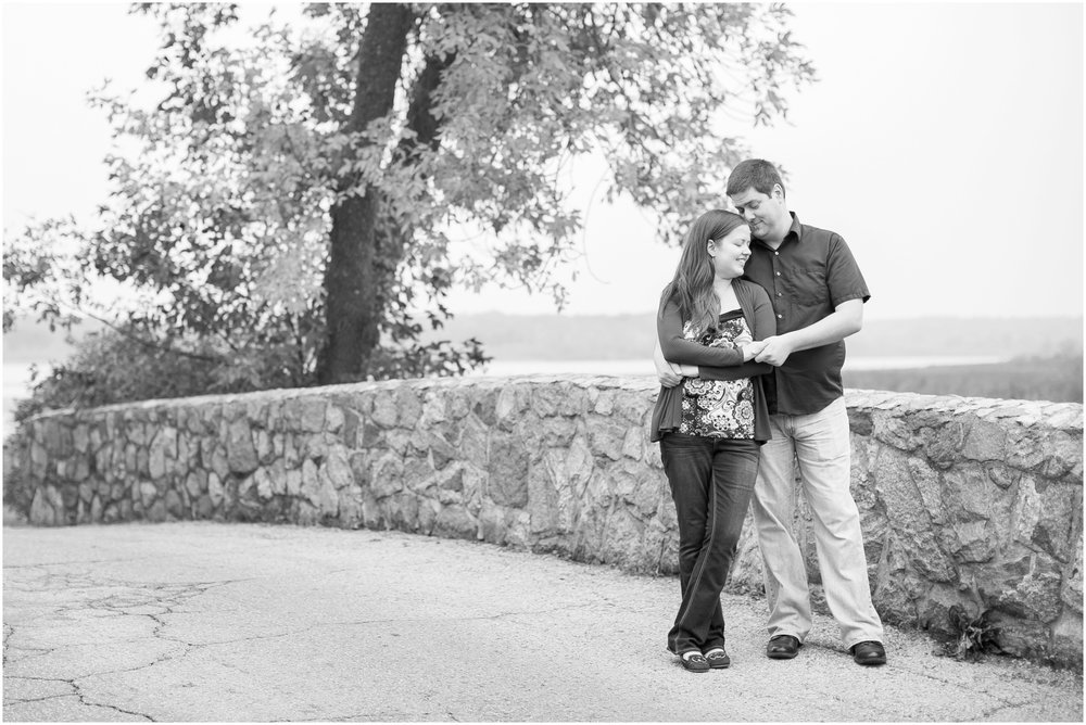 Vilas_Park_Engagement_Session_Madison_Wisconsin_1951.jpg