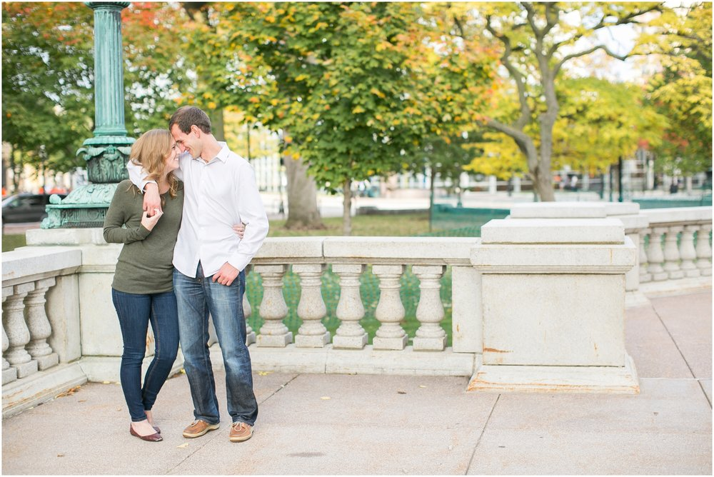 Downtown_Madison_Wisconsin_Engagment_Session_1962.jpg