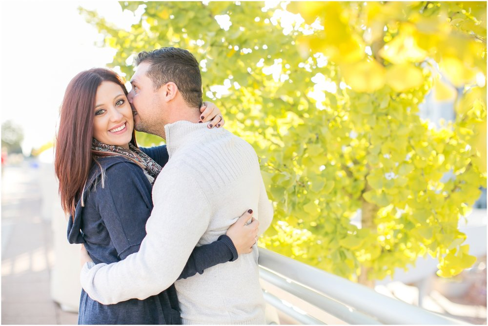 Downtown_Madison_Wisconsin_Autumn_Engagement_Session_2070.jpg