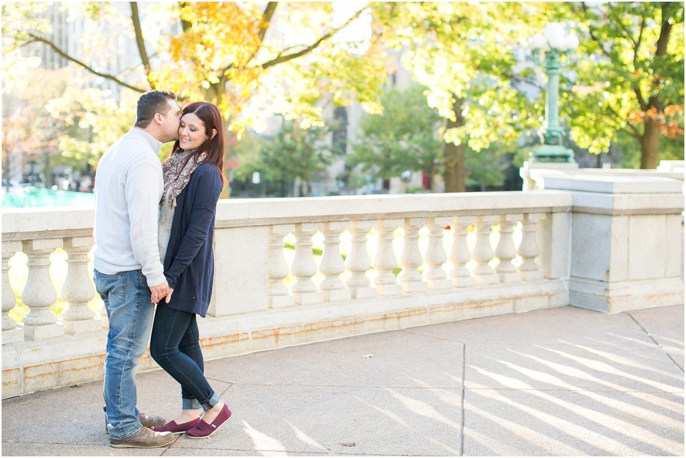 Downtown_Madison_Wisconsin_Autumn_Engagement_Session_2072.jpg