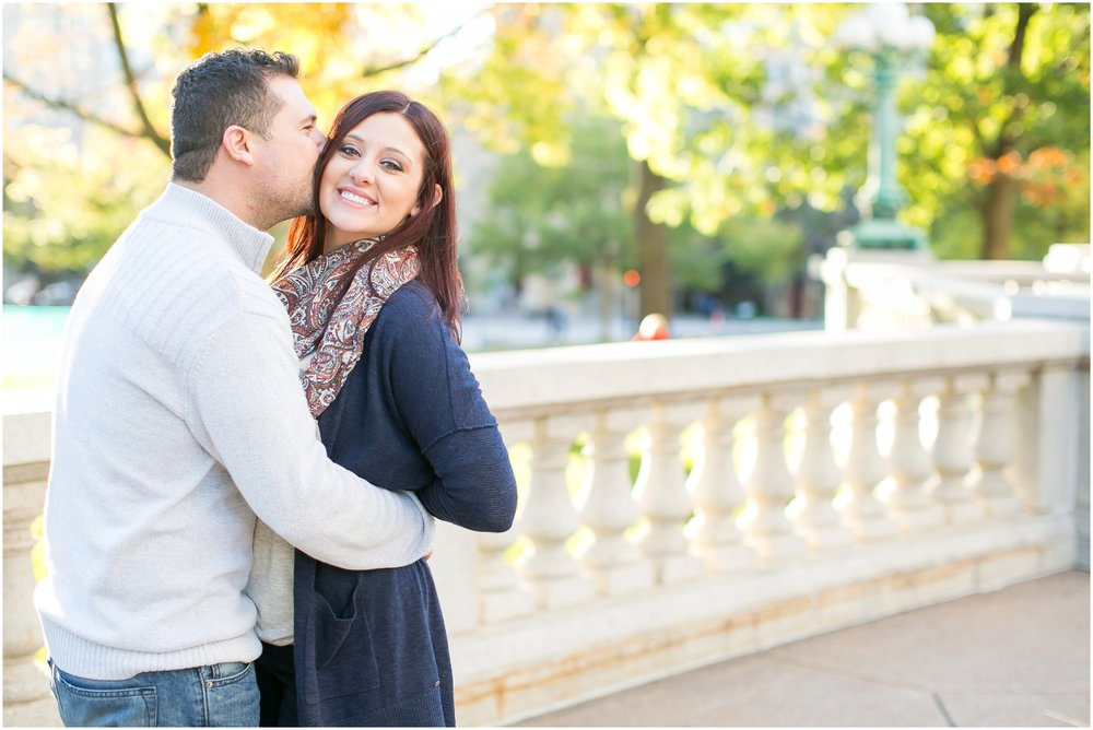 Downtown_Madison_Wisconsin_Autumn_Engagement_Session_2074.jpg