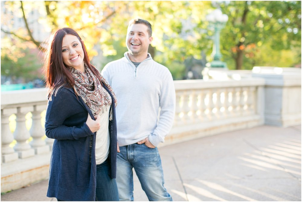 Downtown_Madison_Wisconsin_Autumn_Engagement_Session_2079.jpg