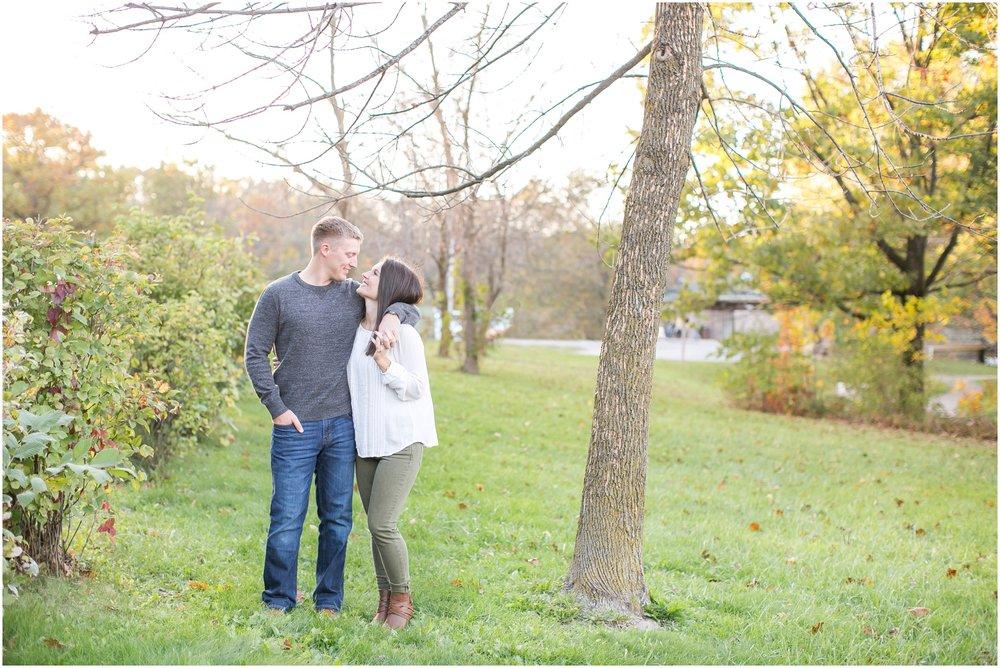 Madison_Wisconsin_Wedding_Photographers_Rockcut_Engagement_Session_2099.jpg