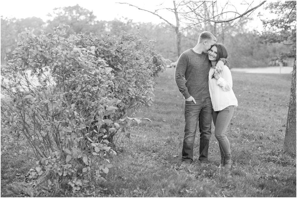 Madison_Wisconsin_Wedding_Photographers_Rockcut_Engagement_Session_2102.jpg