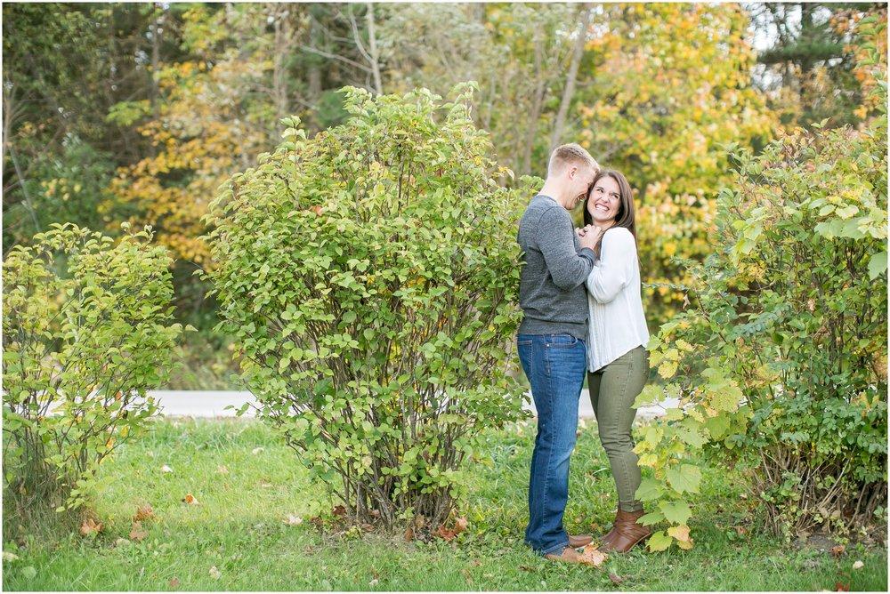 Madison_Wisconsin_Wedding_Photographers_Rockcut_Engagement_Session_2112.jpg