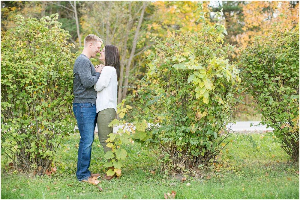 Madison_Wisconsin_Wedding_Photographers_Rockcut_Engagement_Session_2114.jpg
