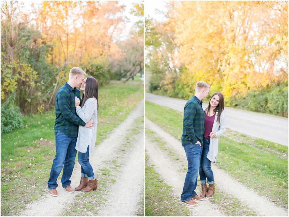 Madison_Wisconsin_Wedding_Photographers_Rockcut_Engagement_Session_2123.jpg