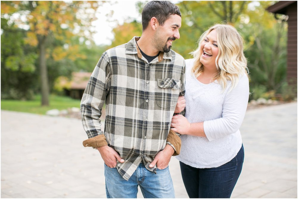 Caynay_Photo_Madison_Wisconsin_Wedding_Photographers_Engagment_Portraits_2016_2292.jpg