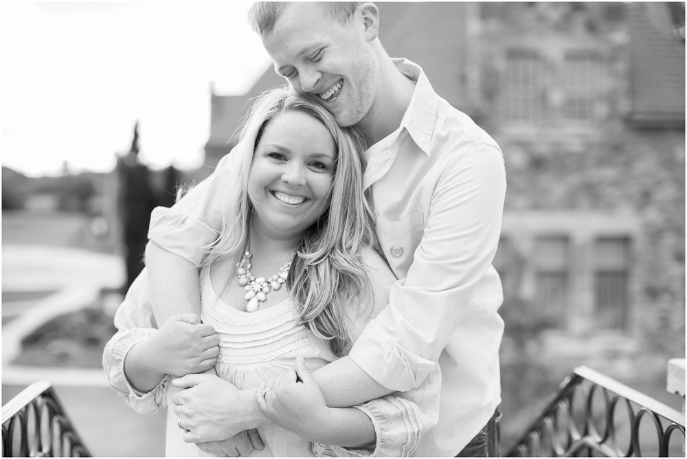 Caynay_Photo_Madison_Wisconsin_Wedding_Photographers_Engagment_Portraits_2016_2302.jpg