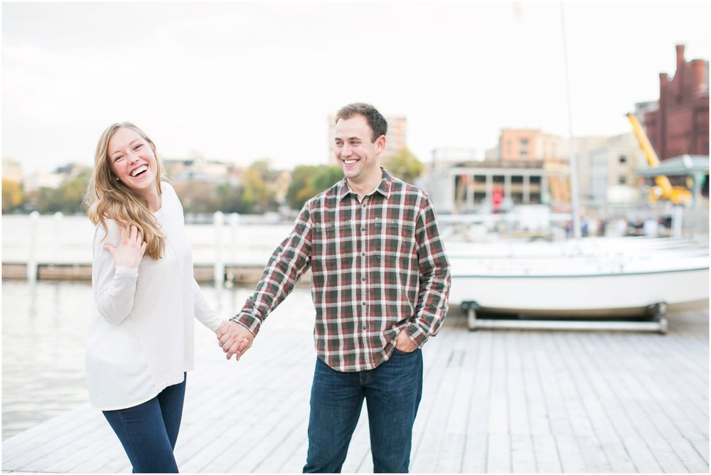 Caynay_Photo_Madison_Wisconsin_Wedding_Photographers_Engagment_Portraits_2016_2315.jpg