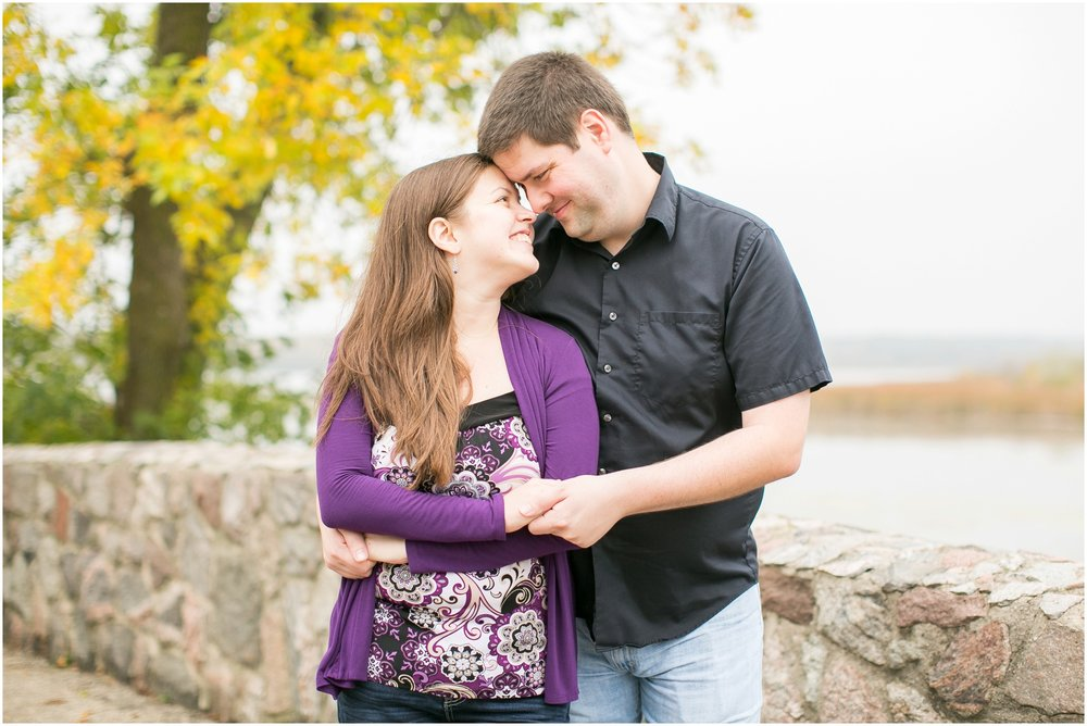 Caynay_Photo_Madison_Wisconsin_Wedding_Photographers_Engagment_Portraits_2016_2329.jpg