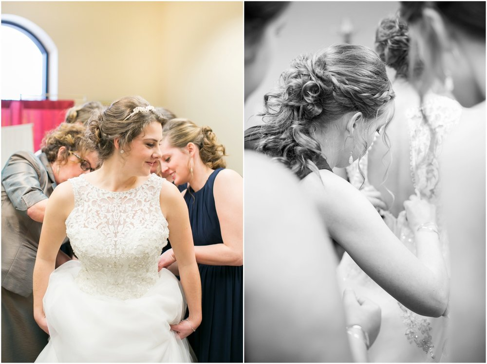 Madison_Wisconsin_Wedding_Photographers_Winter_Wedding_Oshkosh_Wisconsin_2344.jpg