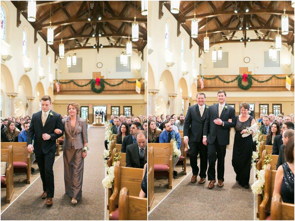 Madison_Wisconsin_Wedding_Photographers_Winter_Wedding_Oshkosh_Wisconsin_2346.jpg