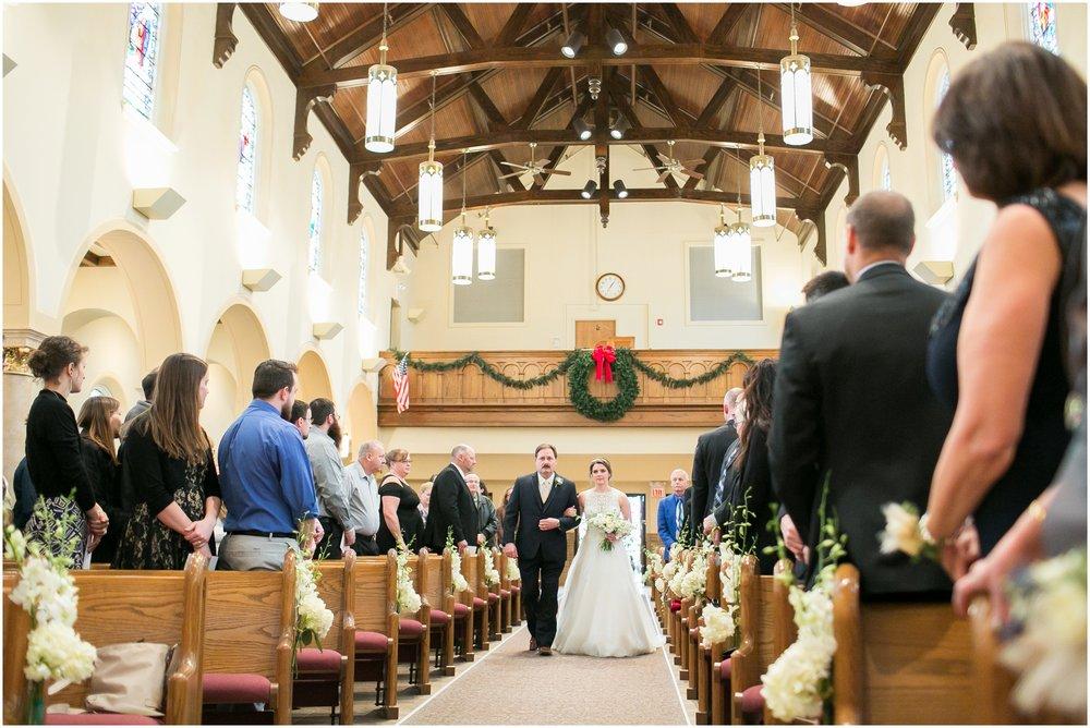 Madison_Wisconsin_Wedding_Photographers_Winter_Wedding_Oshkosh_Wisconsin_2348.jpg