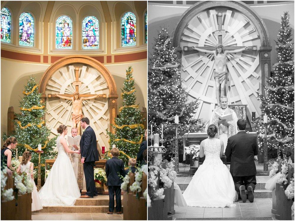 Madison_Wisconsin_Wedding_Photographers_Winter_Wedding_Oshkosh_Wisconsin_2354.jpg