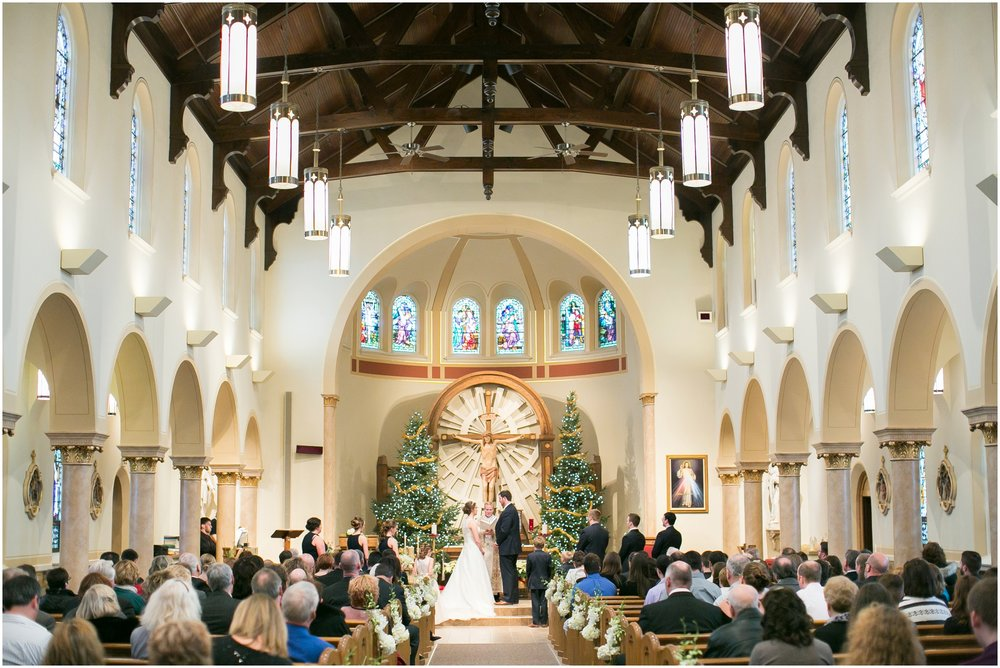 Madison_Wisconsin_Wedding_Photographers_Winter_Wedding_Oshkosh_Wisconsin_2356.jpg