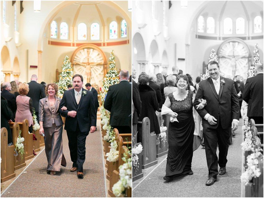 Madison_Wisconsin_Wedding_Photographers_Winter_Wedding_Oshkosh_Wisconsin_2360.jpg