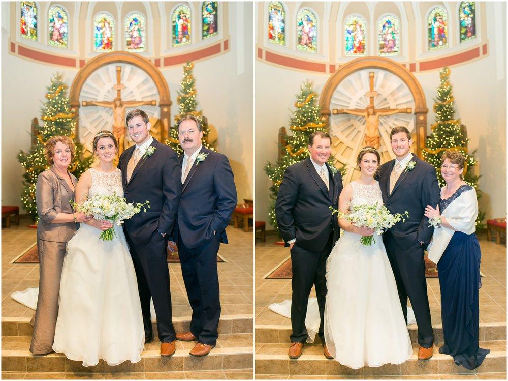 Madison_Wisconsin_Wedding_Photographers_Winter_Wedding_Oshkosh_Wisconsin_2361.jpg