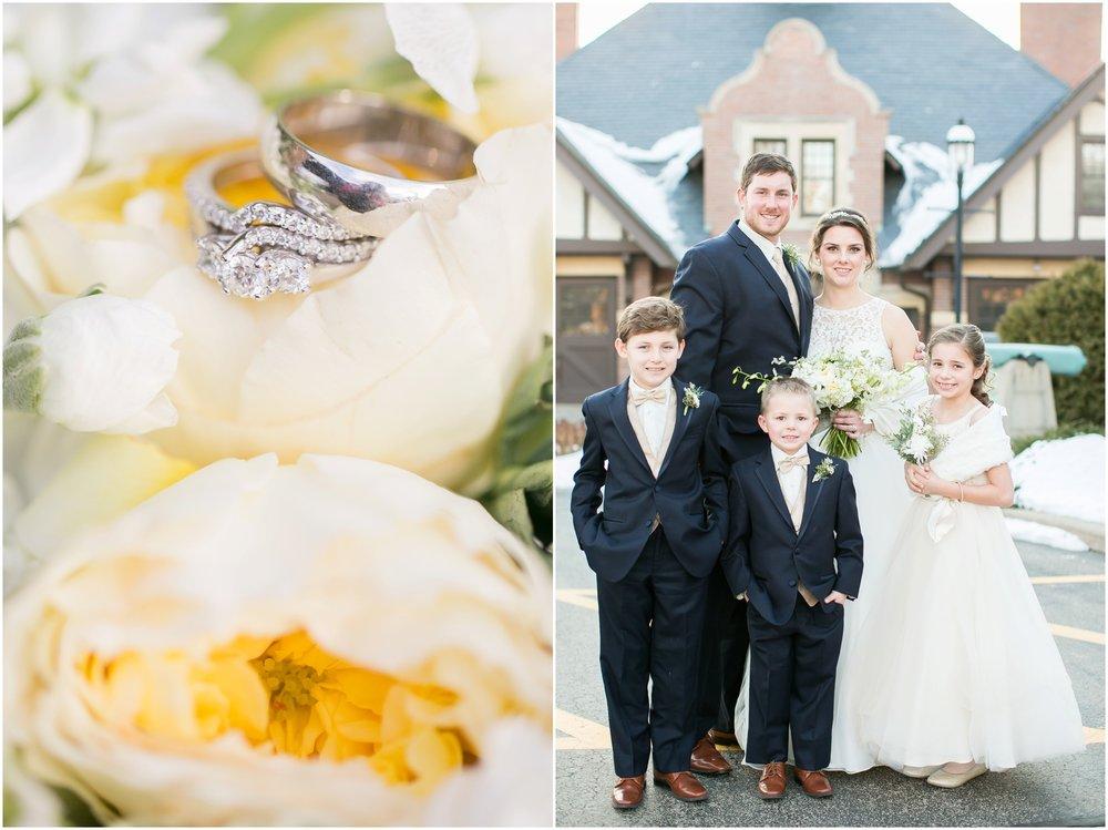 Madison_Wisconsin_Wedding_Photographers_Winter_Wedding_Oshkosh_Wisconsin_2363.jpg