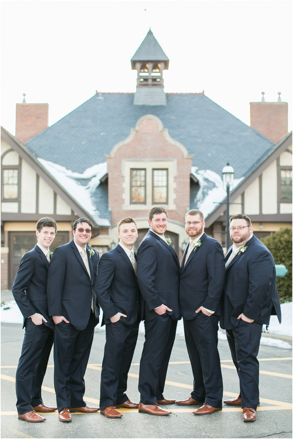 Madison_Wisconsin_Wedding_Photographers_Winter_Wedding_Oshkosh_Wisconsin_2370.jpg