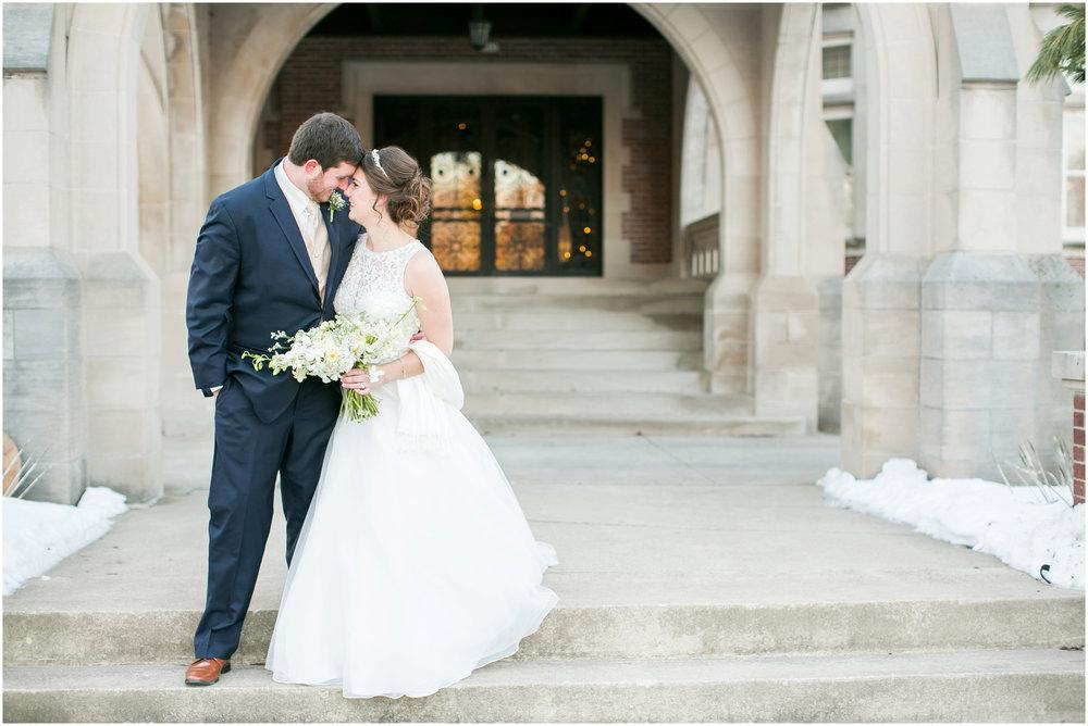 Madison_Wisconsin_Wedding_Photographers_Winter_Wedding_Oshkosh_Wisconsin_2377.jpg