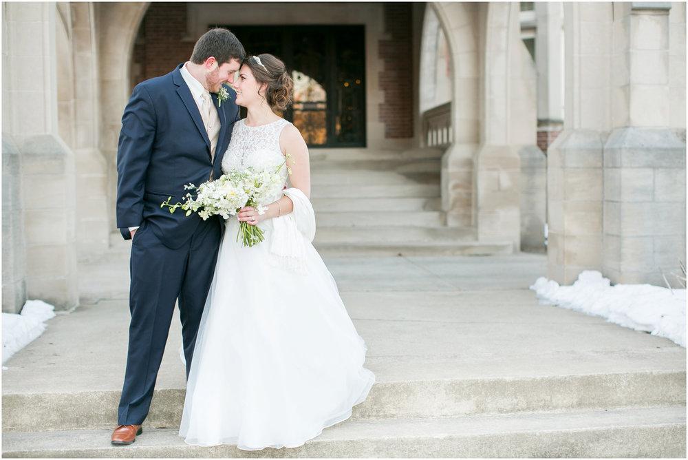 Madison_Wisconsin_Wedding_Photographers_Winter_Wedding_Oshkosh_Wisconsin_2380.jpg