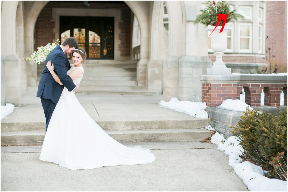 Madison_Wisconsin_Wedding_Photographers_Winter_Wedding_Oshkosh_Wisconsin_2383.jpg