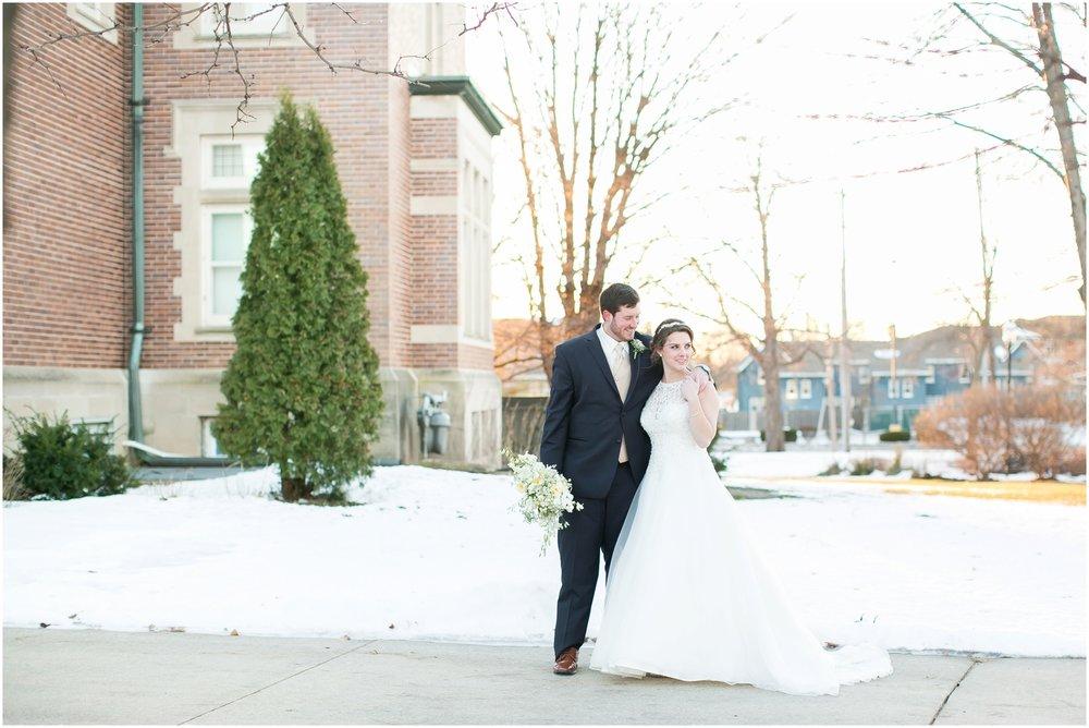 Madison_Wisconsin_Wedding_Photographers_Winter_Wedding_Oshkosh_Wisconsin_2386.jpg