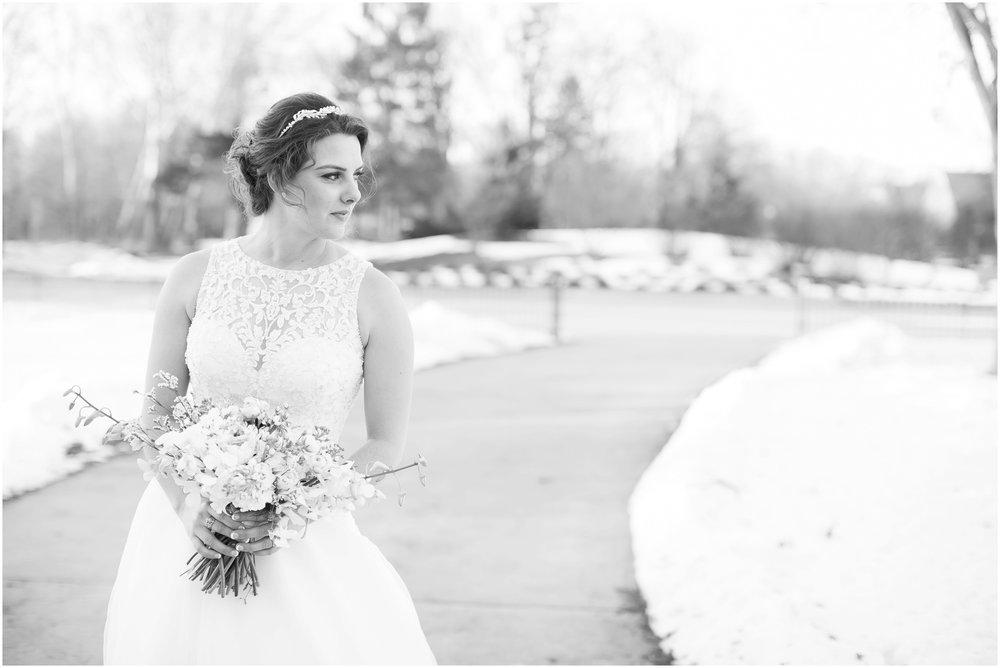 Madison_Wisconsin_Wedding_Photographers_Winter_Wedding_Oshkosh_Wisconsin_2390.jpg