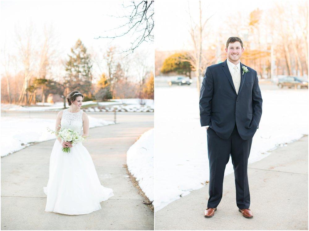 Madison_Wisconsin_Wedding_Photographers_Winter_Wedding_Oshkosh_Wisconsin_2391.jpg