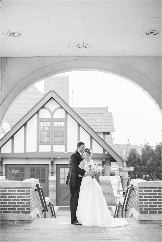 Madison_Wisconsin_Wedding_Photographers_Winter_Wedding_Oshkosh_Wisconsin_2394.jpg