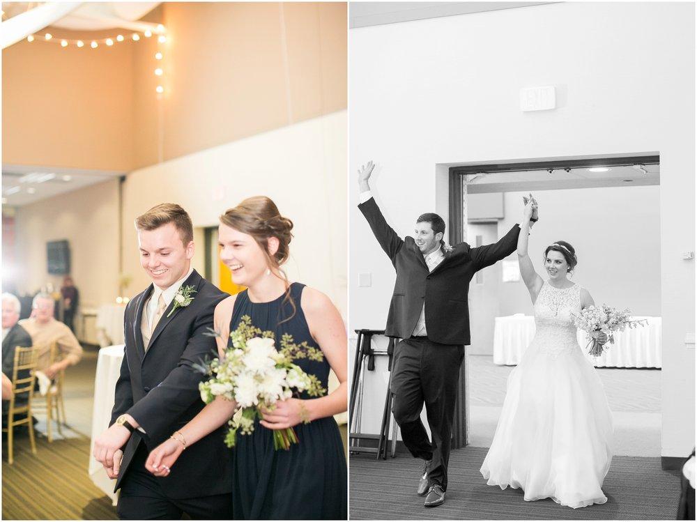 Madison_Wisconsin_Wedding_Photographers_Winter_Wedding_Oshkosh_Wisconsin_2401.jpg