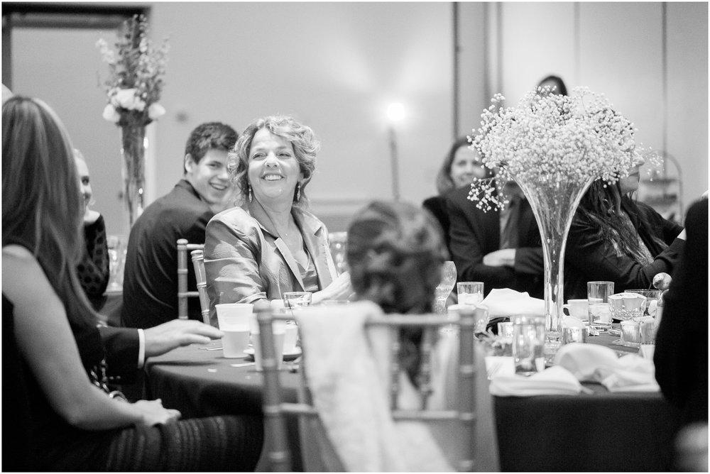 Madison_Wisconsin_Wedding_Photographers_Winter_Wedding_Oshkosh_Wisconsin_2404.jpg