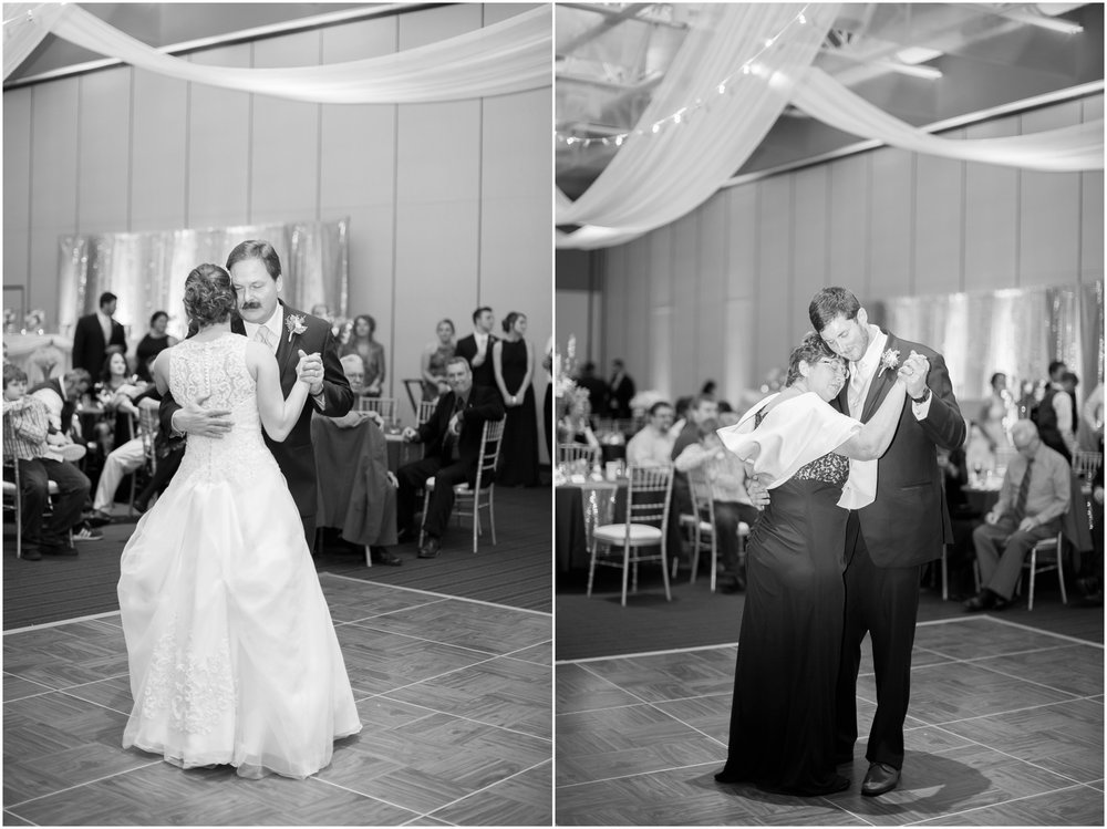 Madison_Wisconsin_Wedding_Photographers_Winter_Wedding_Oshkosh_Wisconsin_2409.jpg