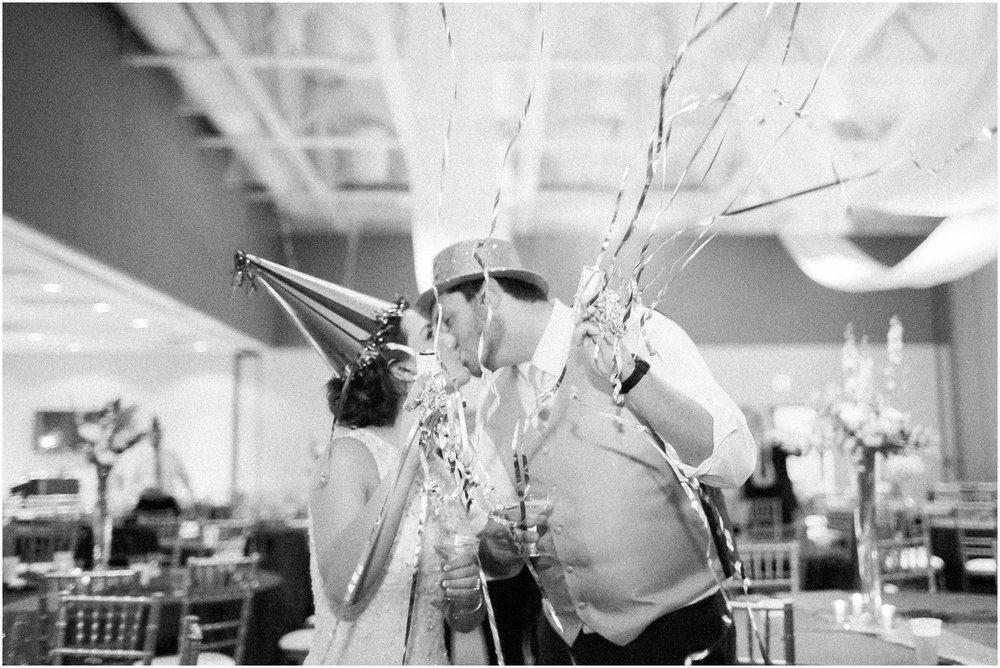 Madison_Wisconsin_Wedding_Photographers_Winter_Wedding_Oshkosh_Wisconsin_2413.jpg