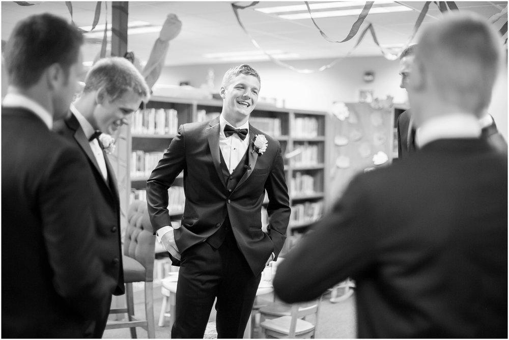 Madison_Wisconsin_Wedding_Photographers_Wedding_Portraits_2016_Favorites_Caynay_Photo_2466.jpg