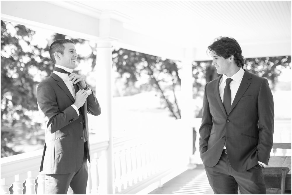 Madison_Wisconsin_Wedding_Photographers_Wedding_Portraits_2016_Favorites_Caynay_Photo_2469.jpg
