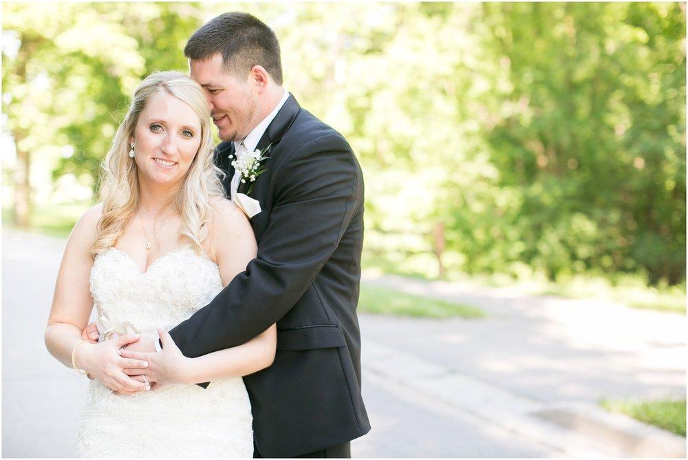Madison_Wisconsin_Wedding_Photographers_Wedding_Portraits_2016_Favorites_Caynay_Photo_2487.jpg