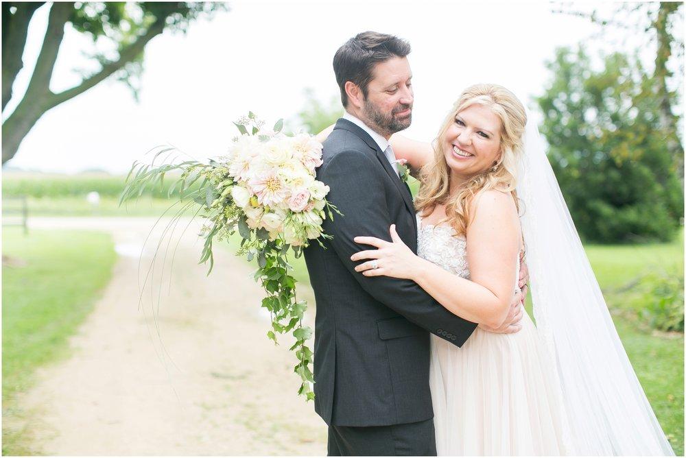 Madison_Wisconsin_Wedding_Photographers_Wedding_Portraits_2016_Favorites_Caynay_Photo_2497.jpg