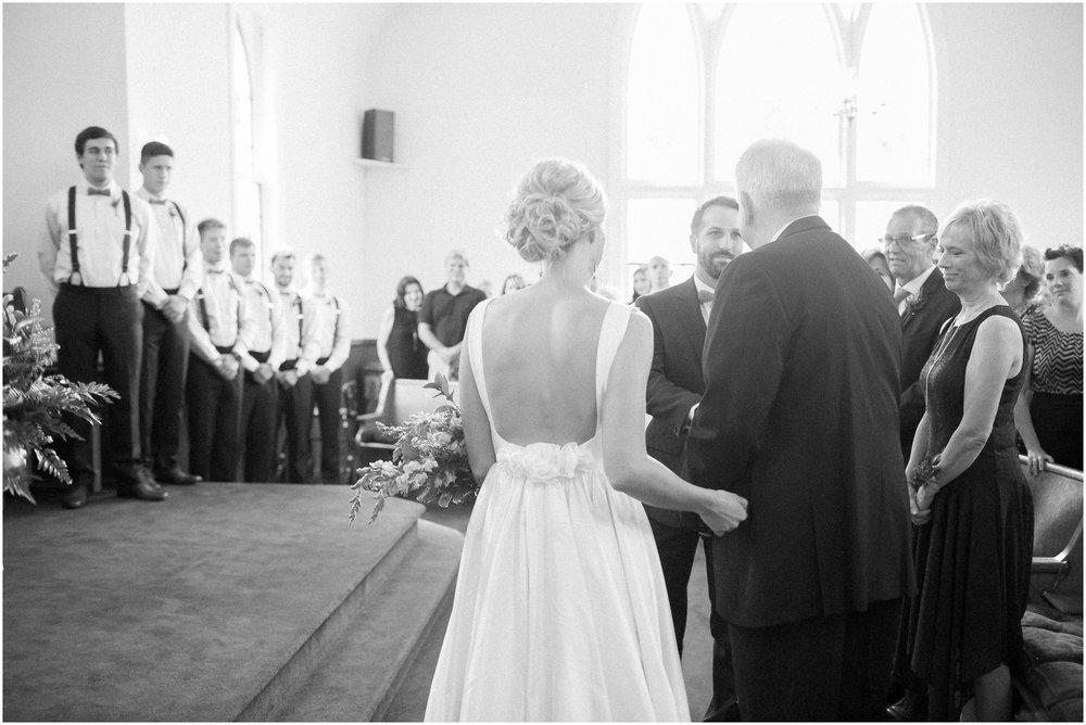 Madison_Wisconsin_Wedding_Photographers_Wedding_Portraits_2016_Favorites_Caynay_Photo_2501.jpg