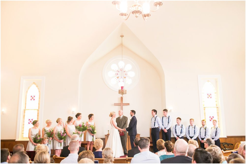 Madison_Wisconsin_Wedding_Photographers_Wedding_Portraits_2016_Favorites_Caynay_Photo_2505.jpg