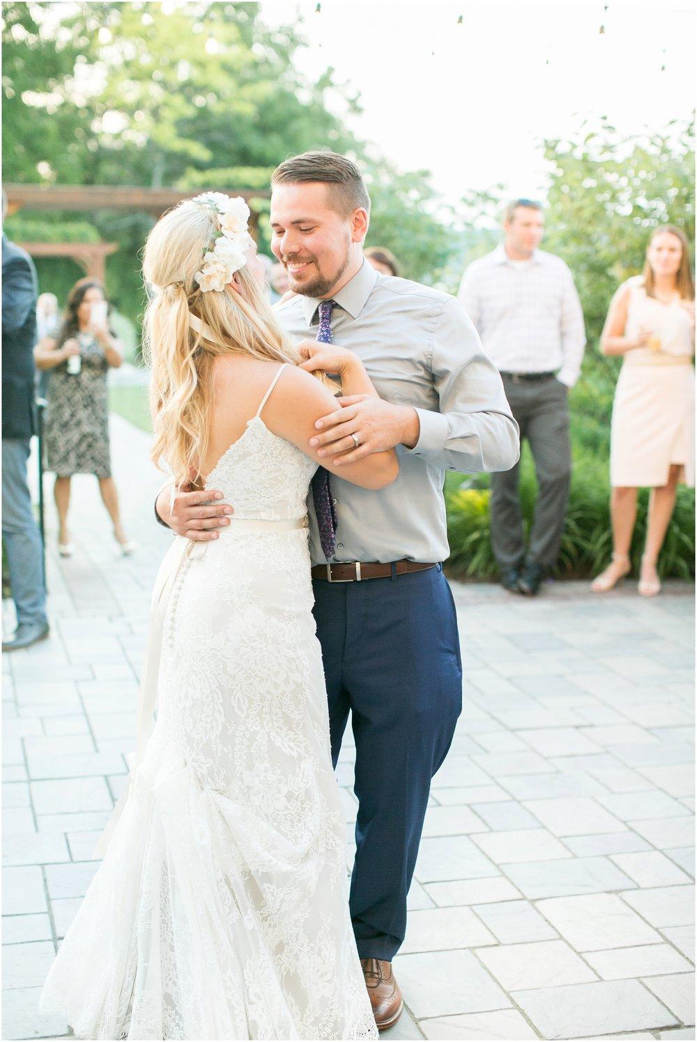 Madison_Wisconsin_Wedding_Photographers_Wedding_Portraits_2016_Favorites_Caynay_Photo_2508.jpg